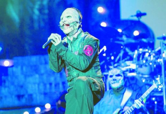 Slipknot,la mascarada frenética