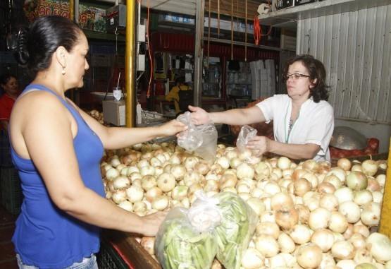 A la hora de comprar verduras, hay que aprovechar la temporada