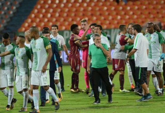 Atlético Nacional rindió un particular homenaje a Chapecoense