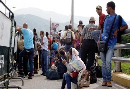 ONU confirma desplazamiento de familias colombianas hacia Venezuela