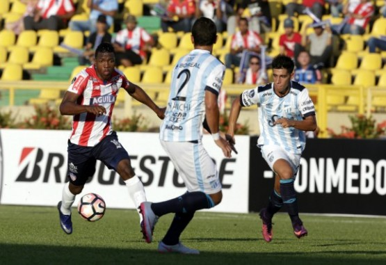 Con lo justo Junior le ganó 1-0 al Atlético Tucumán