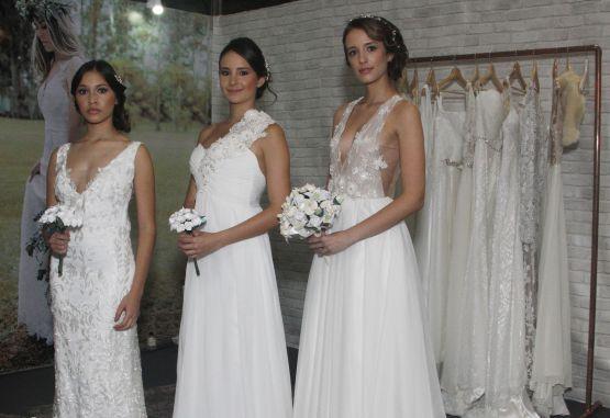 Vestido de novia campestre color marfil