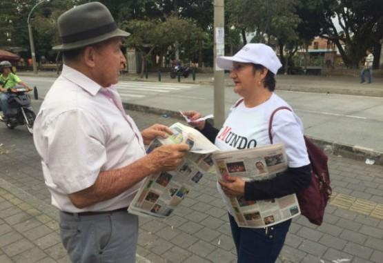 Así recibió la ciudadanía la nueva edición gratuita de EL MUNDO