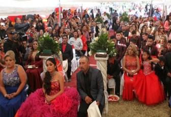 Los 15 años de Rubí, agridulce fiesta con miles de asistentes y un muerto