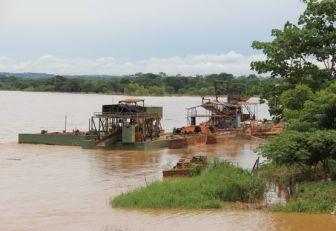 Destruyeron maquinaria de minería ilegal en el Chocó