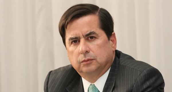 Ministro del interior reitera que ciudadanos decidir n for Foto del ministro del interior