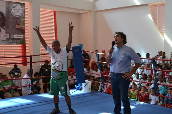 En arboletes cuentan con nuevo gimnasio de boxeo for Gimnasio de boxeo