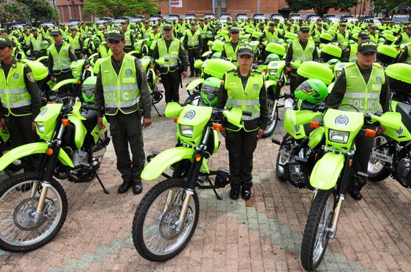 Caricaturas De Policias En Moto