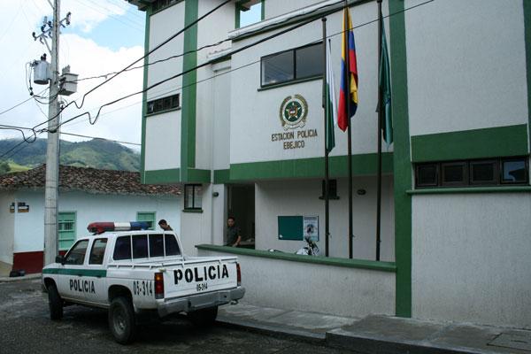 Imagenes de una estacion de policia - Imagui