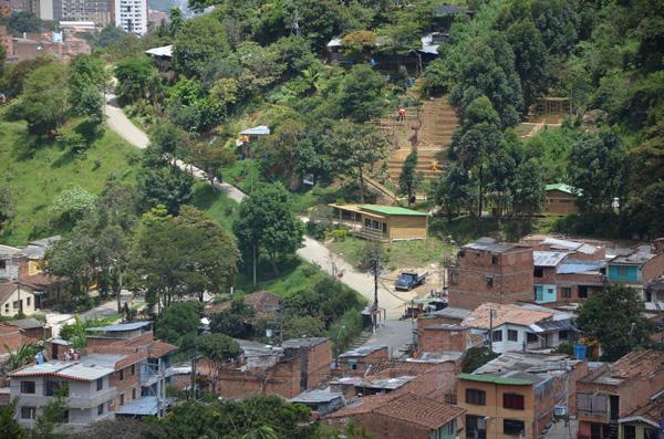 Comuna 8 tiene tres nuevas obras del jard n circunvalar for Jardin 5 esquinas