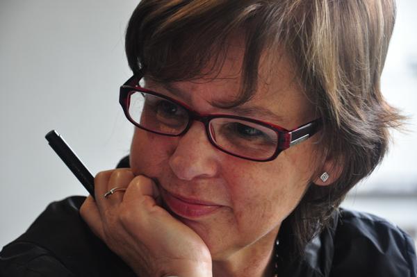 Piedad Bonnett recibió el Premio de Poesía Generación del 27
