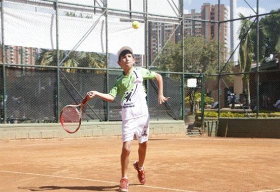 Juan José Cardona lleva el deporte en las venas