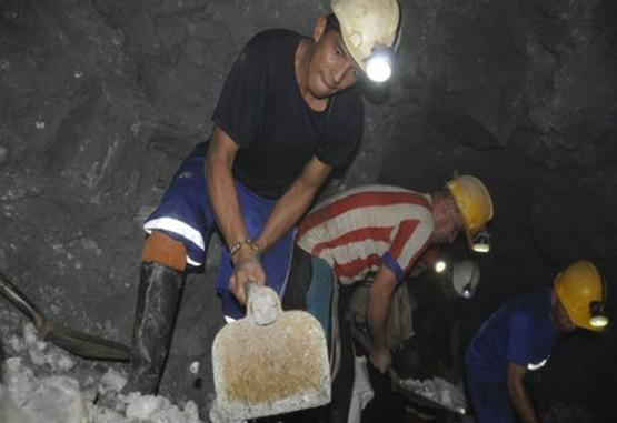 Armada incautó en Nariño y Cauca material para minería ilegal