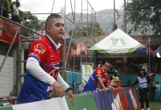 Stiven Sánchez, técnico de La Nubia en el Ponyfútbol, heredó la pasión por el balompié