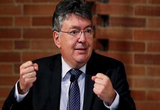 Ministro de Hacienda se reunirá en EE. UU. con firmas calificadoras