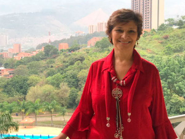 Carmen Tulia Cano Álvarez, decana de la Facultad de Educación de la Universidad de San Buenaventura Medellín.