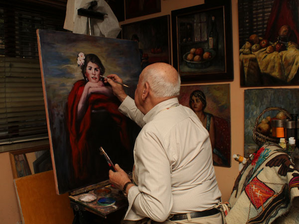 J. Mario Madrid pintando