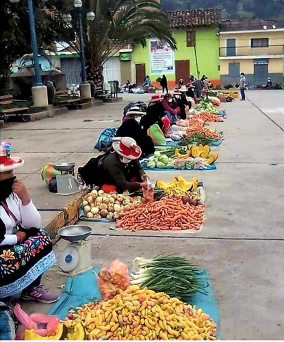 Mercado en día domingo