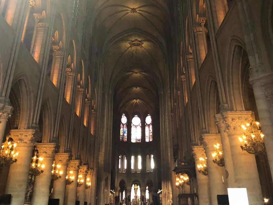 Catedral Notre Dame interior