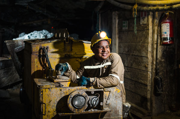 Operación minería subterránea
