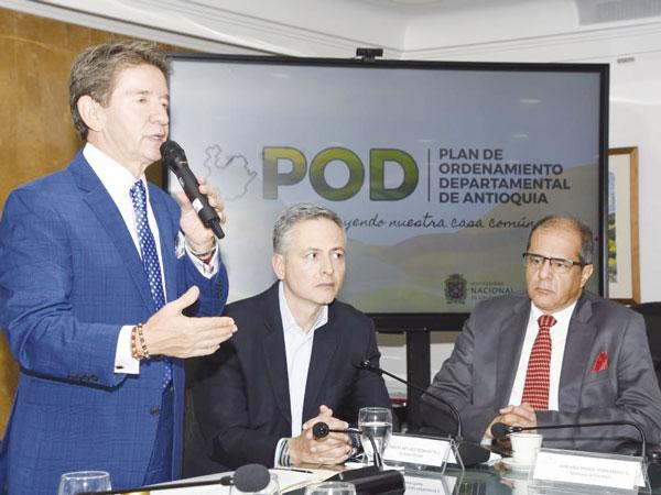 Gobernador Luis Pérez promulgó la Ordenanza 31