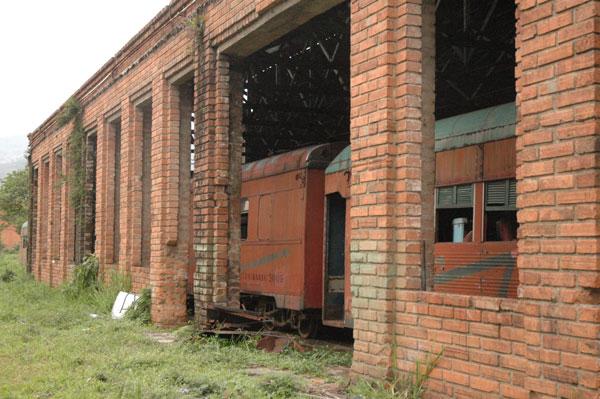 Ruinas del Ferrocarril de Antioquia