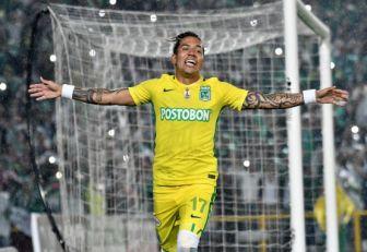Dayro Moreno celebrando su gol.