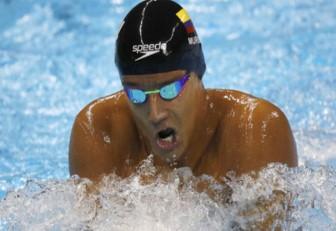 Nadadores colombianos, acerrar con éxito la temporada