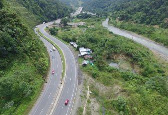 Más de 3.000 kilómetros de vías terciarias se construirán en Colombia