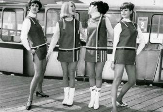 Minifaldaspara la Guerra Fría