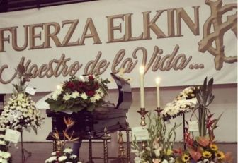 Exequias de Elkin Ramírez se realizan en la Basílica Metropolitana