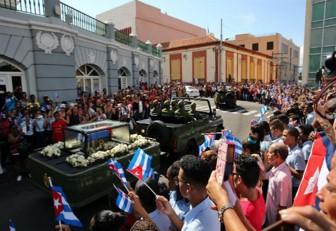 Adiós multitudinario a Fidel en la cuna de la Revolución