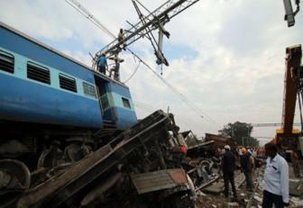 39 muertos y 50 heridos en la India tras descarrilamiento de tren