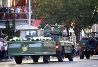 Las cenizas de Fidel Castro emprendieron viaje desde La Habana hasta Santiago de Cuba